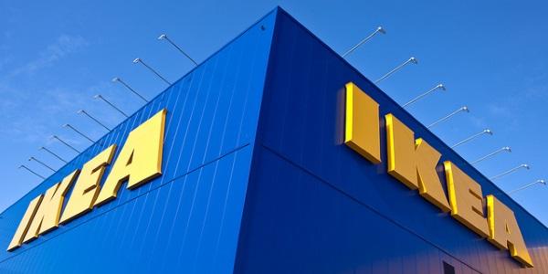 Ikea por Hakan Dahlstrom