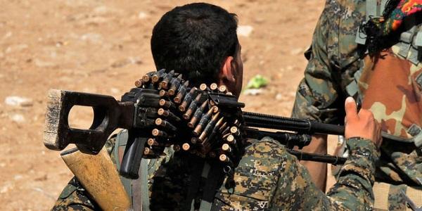 Soldado kurdo por Kurdishstruggle