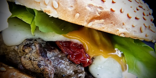 Hamburguesa por Antonio Thomás Koenigkam Oliveira