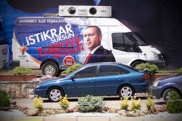 Erdogan por Adam Jones