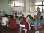 Alumnos de 6to año con Jardineros 10