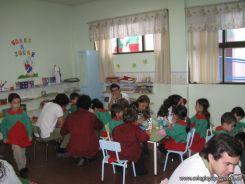 Alumnos de 6to año con Jardineros 33