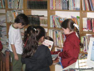 2do grado en la Biblioteca 26