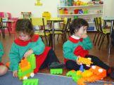 Salas de 3 jugando con Bloques 22