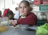 Salas de 4 preparando Pastelitos 16