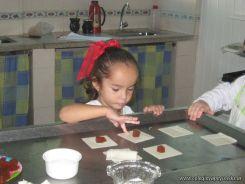 Salas de 4 preparando Pastelitos 21