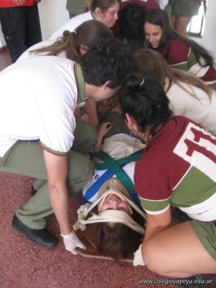 Ultima Clase de Primeros Auxilios 2011 56