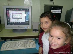 Primer grado en Sala de Computacion 10