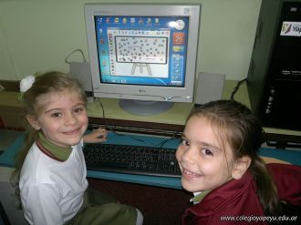 Primer grado en Sala de Computacion 42