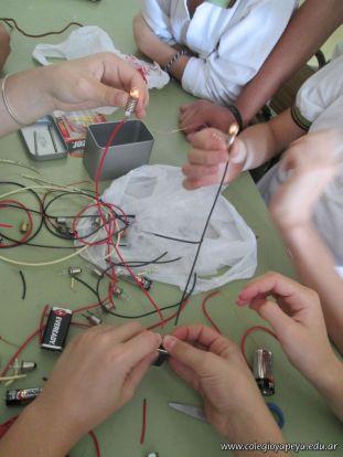 Electricidad y Magnetismo 31