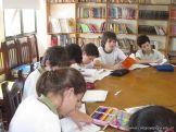 6to grado leyendo en Biblioteca 14