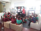 Alumnos de la Seño Carolina en Biblioteca 5
