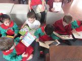 Alumnos de la Seño Carolina en Biblioteca 8
