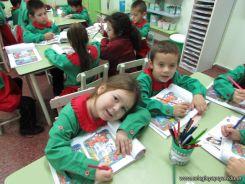 Aprendiendo Ingles en Salas de 5 65