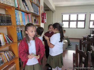 Visitamos la Biblioteca 53