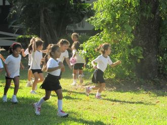 El Jardín comenzó Educación Física 53