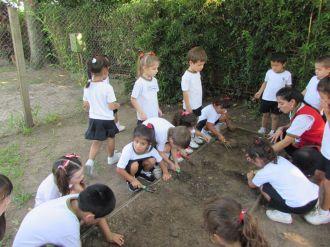 El Jardín comenzó Educación Física 78