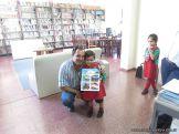 Padres y alumnos visitan la Biblioteca 15