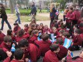 Niños y jovenes con la Bandera 3