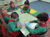 Salas de 4 escriben sus nombres 5