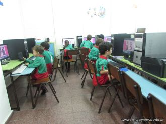 Salas de 5 en horas de Computacion 53