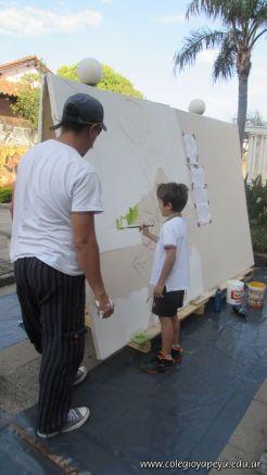 Disfrutando de los Murales 8