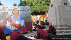 Disfrutando de los Murales 81