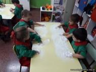 Espuma en salas de 4 años 6