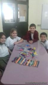 Clasificando útiles escolares 5
