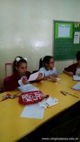 Clasificando útiles escolares 7