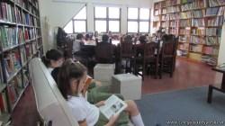 Tercero visita la biblioteca 73