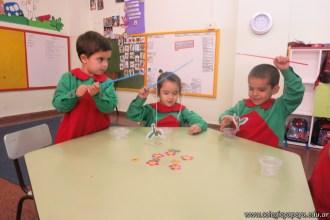 Disfrutamos los juegos realizados en el taller de padres 25