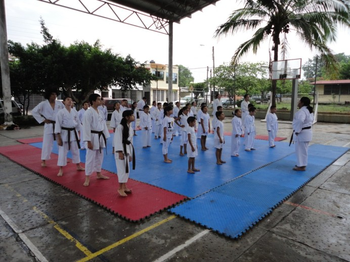 0038_JULIO2013_KARATE DO