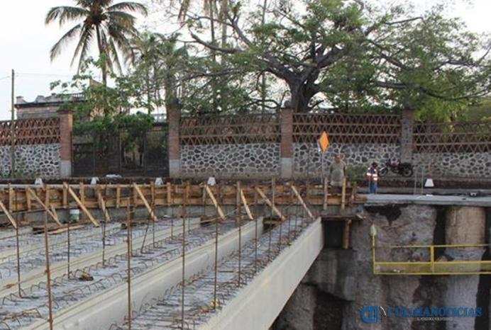 puente villa de alvarez construccion