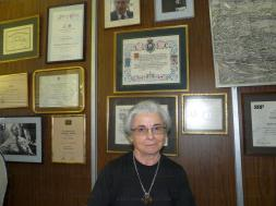 Elena Roces de Alvarez Buylla 011 (Medium)