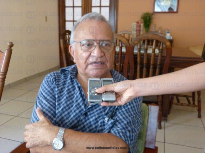 VICTOR MANUEL MARTINEZ ESCAMILLA COMANDANTE DE BOMBEROS TECOMAN (Medium)
