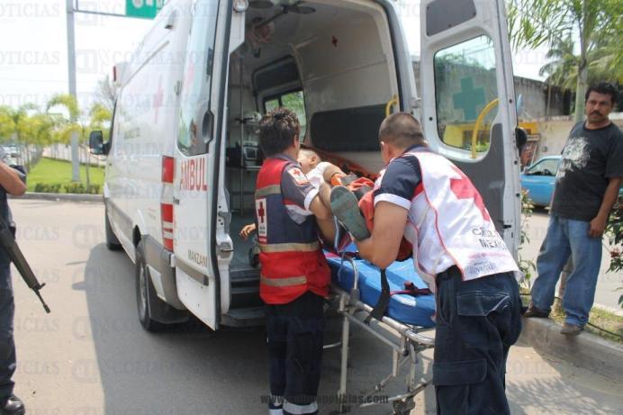 Cn cruz roja niño accidentado