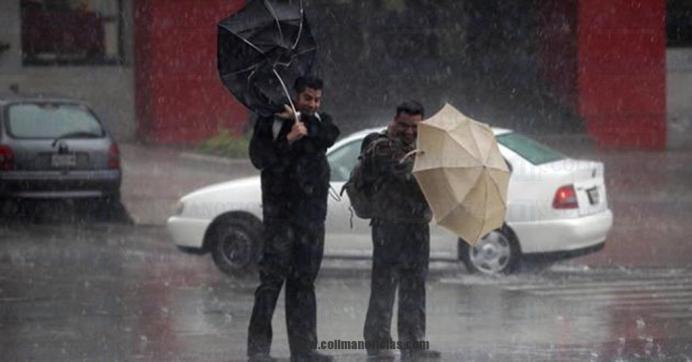 lluvia fuerte peatones