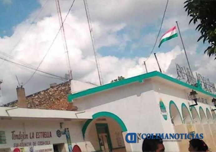 izan-bandera-hungara-en-ceremonia-de-revolucion-mexicana