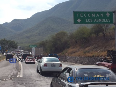 circulación parcialmente cerrada en autopista Colima-Manzanillo