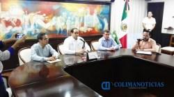 Salazar renuncia como secretario de Salud