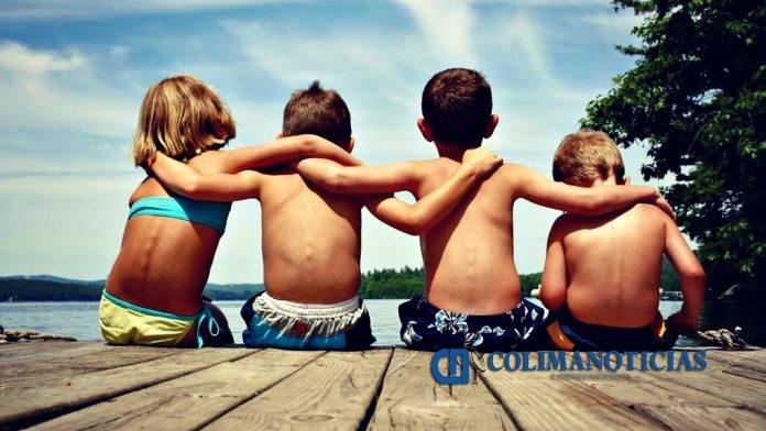 amigos infancia 696x392 - 20 de julio, Día del Amigo