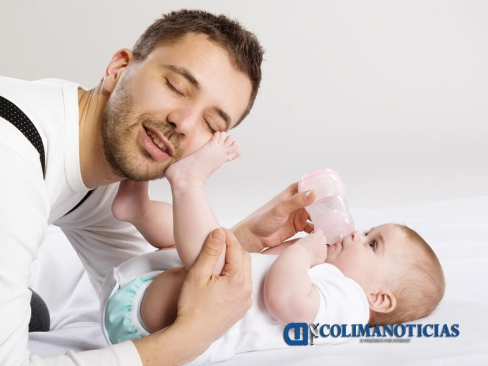 Papá-Bebé-Biberón