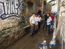 Gabriela Benavides recorre colonias afectadas por las lluvias2