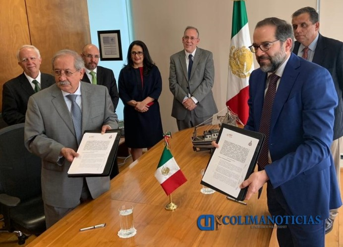 Puertos y Marina Mercante firma nacho