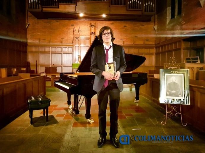 Saúl Ibarra Ramos_Pianista universitarios en festival internacional