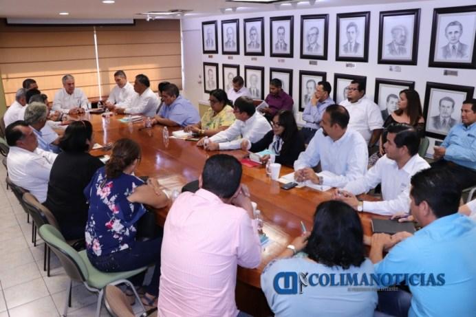 Instalan Comisión Mixta para atender peticiones del SNTE surgidas el 1 de mayo