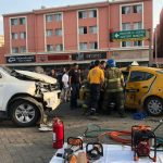 accidente taxi 150x150 - Taxista y pasajera prensados en otro fuerte choque en Manzanillo