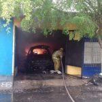 incednio casa armería 150x150 - Se incendia una vivienda en la Colonia Centro en Armería; no se reportan personas lesionadas