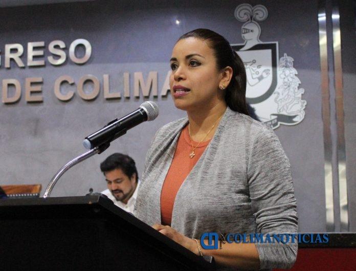 Dip. Jazmín García Ramírez 696x529 - Jazmín García propone crear la Ley del Instituto de Defensoría Pública de Colima